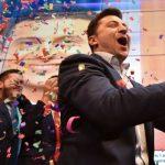 النتائج شبه النهائية تشير لفوز «الكوميديان» فولوديمير زيلينسكي برئاسة أوكرانيا