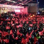 محلل يتوقع انشقاقات في الحزب الحاكم بتركيا لهذا السبب