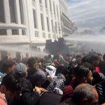 الجزائر.. استعدادات أمنية غير مسبوقة ومحاولات لتفريق المتظاهرين