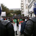 ردود فعل الشارع الجزائري عقب حبس عبد المالك سلال