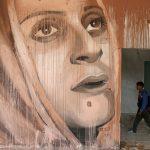 حلم بين الركام.. معرض فني داخل مبنى دمره الاحتلال في غزة