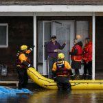 الفيضانات تهدد أوتاوا ومونتريال في كندا