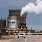 مهندس: جماعة مسلحة حاولت الهجوم على حقل الشرارة النفطي في ليبيا