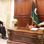 في مكالمة مع حفتر.. وزير الخارجية التونسي يدعو لوقف إطلاق النار بليبيا