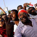 انتصار جديد للشعب السوداني.. استقالة 3 من أعضاء المجلس العسكري