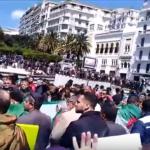 مراسلنا: مظاهرات حاشدة في ساحة البريد المركزي بالجزائر للمطالبة برحيل بن صالح