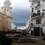 انهيار بناية في القصبة بالجزائر العاصمة.. وأنباء عن وجود عدد من سكانها تحت الأنقاض