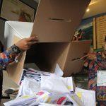 بسبب فرط العمل.. وفاة أكثر من 270 موظفا في إنتخابات إندونيسيا