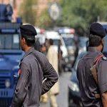 الشرطة الباكستانية تداهم مخبأ لمتشددين في بيشاور