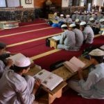 باكستان تعتزم وضع 30 ألف مدرسة دينية تحت سيطرة الحكومة