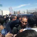 شاهد| جزائريون يحاصرون وزير الطاقة في مطار تبسة