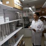 غزة.. وزارة الصحة تحذر من مخاطر صحية جراء نفاذ 52% من الأدوية