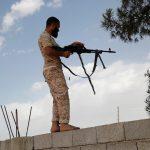 مسلحون يقتلون سيدتين و3 أطفال قرب العاصمة الليبية