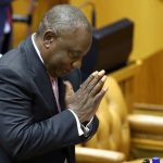 رئيس جنوب أفريقيا: تخفيف إجراءات العزل العام أول يونيو