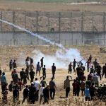 الصحة الفلسطينية: ارتفاع عدد الإصابات إلى 63 برصاص الاحتلال على حدود غزة