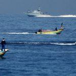 الاحتلال ينفي تقليص مساحة الصيد ببحر غزة