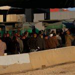 الفلسطينيون يتوافدون إلى الأقصى لأداء صلاة الجمعة الأولى من رمضان