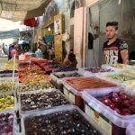 أسواق البلدة القديمة بالخليل تنتعش في رمضان