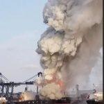 حريق بشحنة مواد كيميائية في ميناء تايلاندي