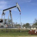 ارتفاع إنتاج النفط الأمريكي يساهم في تعويض فجوة إمدادات إيران