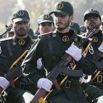 مسلحون يهاجمون سيارة تابعة للحرس الثوري الإيراني