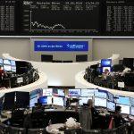 أسهم أوروبا تفقد الزخم بسبب خسائر قطاع النفط وسهم باير