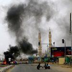 تصاعد أعمدة الدخان بأنحاء الخرطوم بعد انطلاق المظاهرات