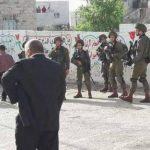 شاهد.. الاحتلال يعتدي على طفل في السابعة من عمره