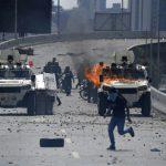 فنزويلا تعتقل 17 شخصا وتتهمهم بمحاولة القيام بانقلاب ضد مادورو