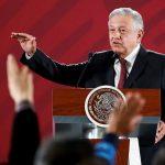 رئيس المكسيك يحث المواطنين على البقاء في المنازل