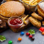 تحذيرات جديدة من أضرار الأغذية المصنعة