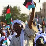 الصحف السودانية تحذر: «الإخوان» العقبة الأخطر.. وحزب البشير ينظم صفوفه سرا