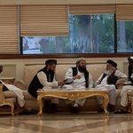 أمريكا وطالبان تستأنفان المحادثات بعد اتفاق خصوم أفغان على خطوات لحقن الدماء