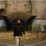 «المشي القذر».. مبادرة إيطالية لتنظيف الشارع أثناء المشي