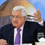 الرئيس عباس يوجه الحكومة بتخفيف إجراءاتها لمواجهة كورونا مع حلول رمضان