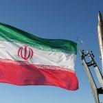 إيران تكشف عن نظام صاروخي جديد