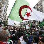 بعد 6 أشهر على الحراك.. هذه مطالب المتظاهرين في الجزائر