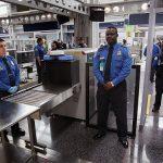 عودة أجهزة الكمبيوتر للعمل بعد عطل في مطارات أمريكية