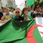 الجمعة الـ29.. الحراك الشعبي في الجزائر يواصل فعالياته