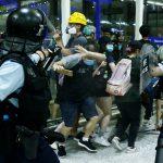 بكين تندد بـ«أفعال شبه إرهابية» في مطار هونج كونج
