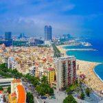 إخلاء شاطئ في برشلونة بعد العثور على عبوة ناسفة في البحر
