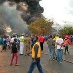 شاهد| مقتل العشرات في انفجار شاحنة وقود في تنزانيا