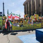 شاهد| احتجاجات ضد زيارة وزير الخارجية الإيراني لباريس