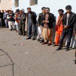 انقطاع اتصالات مفوضية الانتخابات الأفغانية مع بعض مراكز الاقتراع