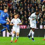ركلة جزاء قاسية تمنح إيطاليا الفوز 2-1 في فنلندا