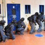 الاحتلال يعتدي على الأسرى في سجن