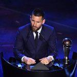 ميسي ينهي هيمنة ريال مدريد على جائزة «الأفضل»