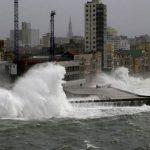 مقتل امرأة جراء أقوى إعصار قوي اجتاح شرقي طوكيو