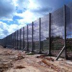 الاحتلال يواصل بناء الجدار الأمني حول قطاع غزة