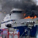 صور| حريق هائل بسفينة روسية في ميناء نرويجي